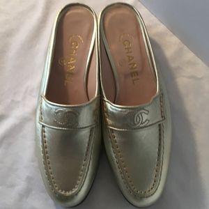 Chanel Light Gold Metallic Leather Cc Mules/Slides